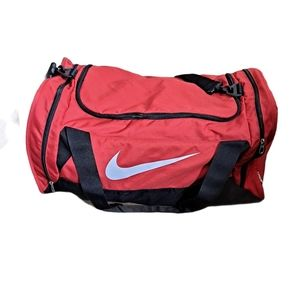 Nike Large Duffel/Travel Bag red and black